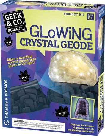 Gloeiende kristallen Geode
